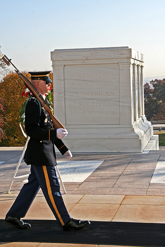 tomb-of-the-unknowns